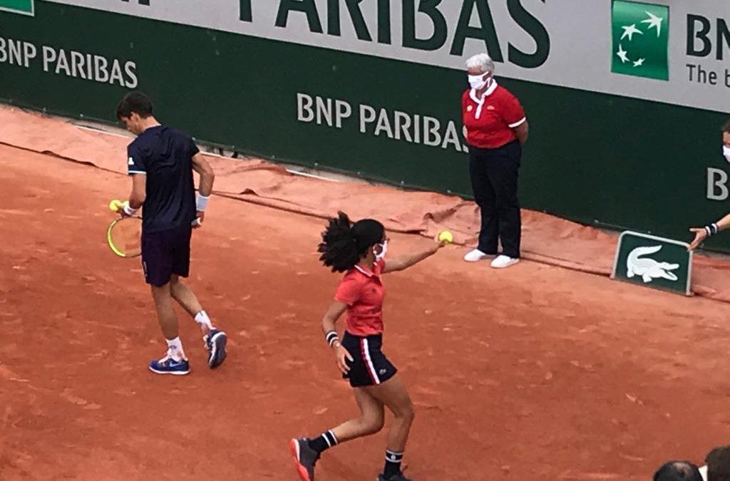 Bathilde, ramasseuse de balles à Roland-Garros